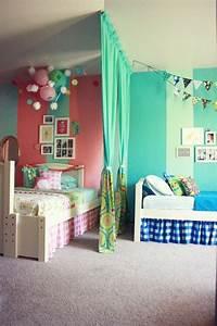 Teppichboden Für Kinderzimmer : 50 deko ideen kinderzimmer reichtum an farben motiven und ideen charakterisiert ein kinderzimmer ~ Orissabook.com Haus und Dekorationen