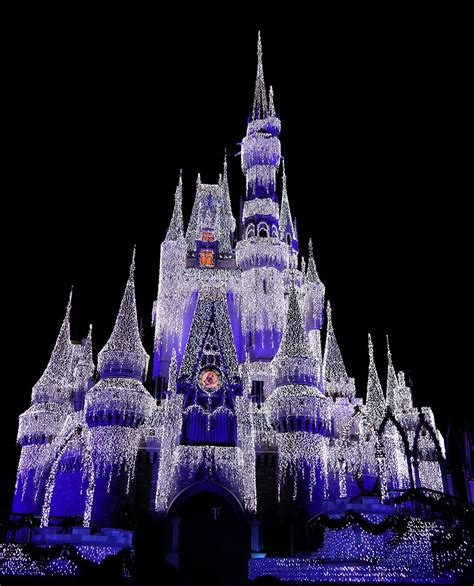 magic kingdom christmas 2016 7 kennythepirate com