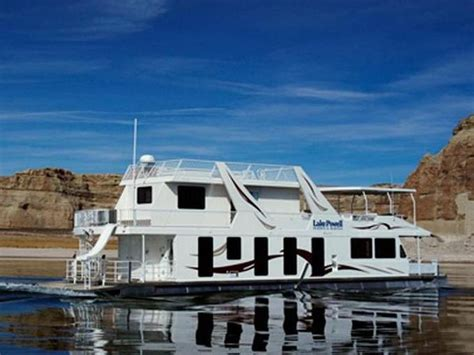 Houseboats In Utah by Best 25 Lake Powell Houseboat Ideas On Lake