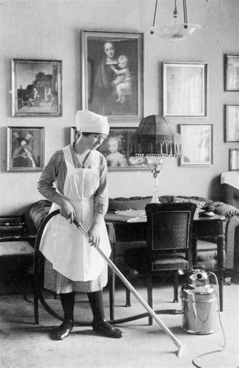 housemaid wiktionary