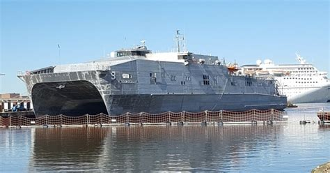 Ninth Expeditionary Fast Transport, USNS City of Bismarck ...