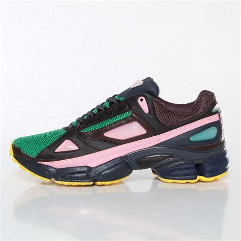 adidas raf simons ozweego   sneakersnstuff sneakers  streetwear en ligne depuis