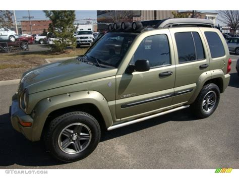 green jeep liberty renegade 2004 cactus green pearl jeep liberty renegade 4x4