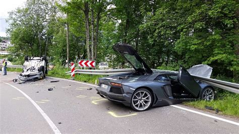 crashed lamborghini lamborghini aventador tries to overtake bmw crashes with