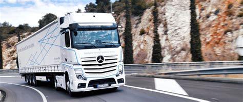 mercedes benz actros  intelligent driving experience