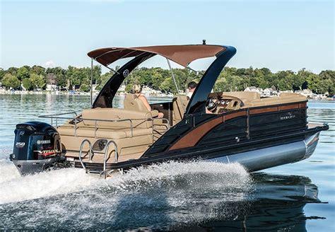 Bennington Pontoon Boats Mn by R Series Performance Pontoon Boats By Bennington
