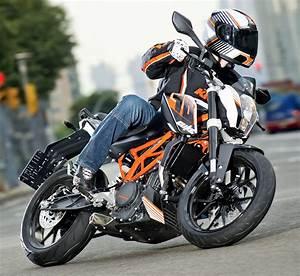 Fiche Technique Ktm Duke 125 : ktm 390 duke 2013 fiche moto motoplanete ~ Medecine-chirurgie-esthetiques.com Avis de Voitures