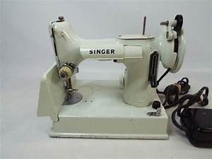 Vintage Singer Featherweight 221k Sewing Machine For Parts