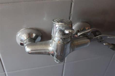comment demonter un robinet mitigeur de cuisine comment demonter mitigeur la réponse est sur