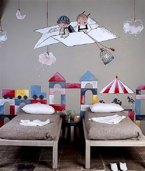 Here's how to hang one at home. Wall Decor for the Kids - Adorable Home