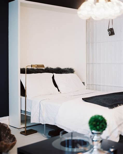 Bedroom Black White And Green by 35 Timeless Black And White Bedrooms That How To