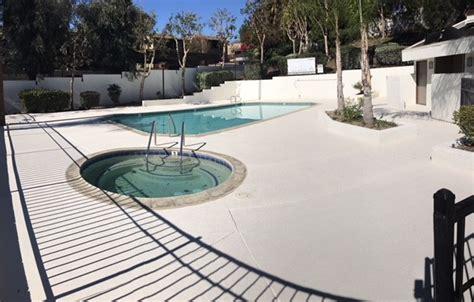 repair  resurface   residential pool decks