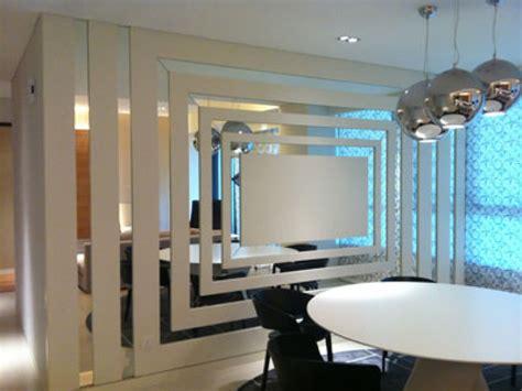 mirror wall     blogbeen
