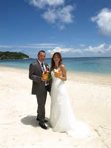 mariage aux seychelles maraige aux seychelles pour laure et arnaud le de mariage tropical