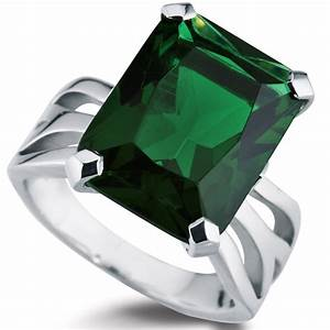 Emerald green diamond engagement rings ring diamantbilds for Emerald green wedding ring