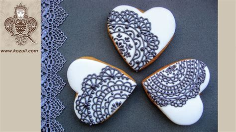 lace cookies piping  royal icing lace heart cookies