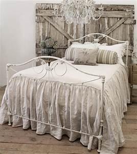 Best 25 Antique Iron Ideas On Pinterest Iron Bed Frames