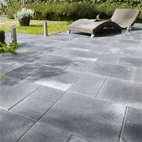 peinture pour sol exterieur beton les 25 meilleures id 233 es de la cat 233 gorie terrasse beton sur b 233 ton propre projets