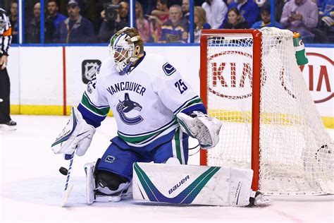 jacob markstrom undergo knee surgery  week canucksarmy