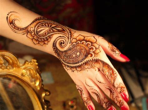 henna tattoo ursprung und beliebte muster fuer diverse