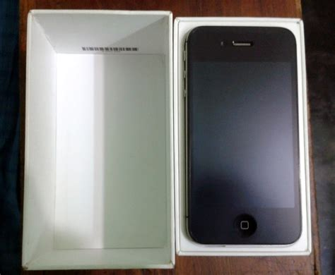 iphone 4s new brand new condition iphone 4s 16gb black with box