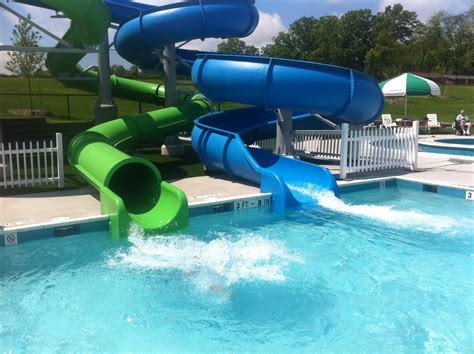 21 Unique Best Swimming Pools With Slides