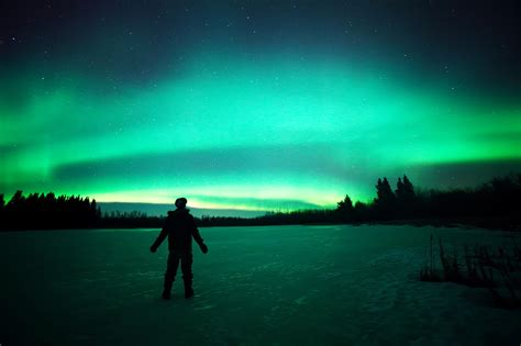 best time to see the northern lights when is the best time to see the northern lights the