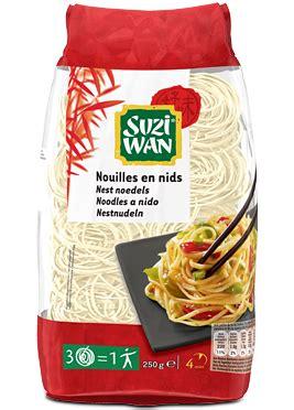 cuisiner les pousses de soja suzi wan nouilles en nids