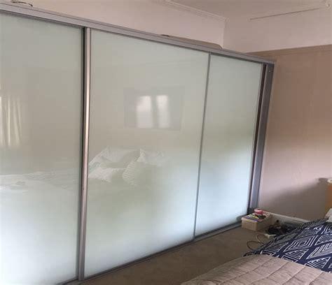 builtin wardrobe sliding doors mirrored repair