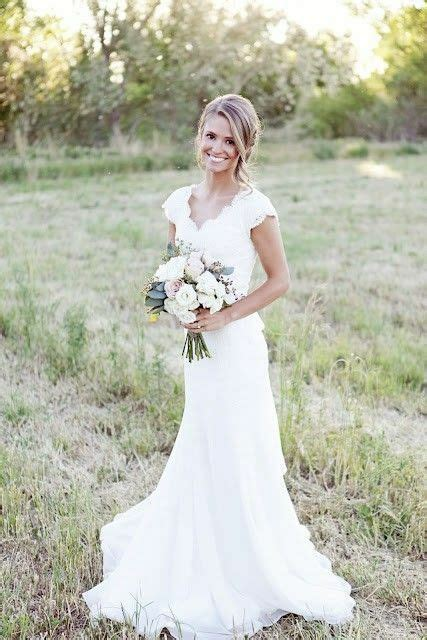 V Neck Lace Wedding Dress Mermaid Western Country Cap