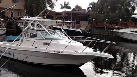 Robalo Boats Cuddy Cabin by 2005 Used Robalo 235 Walk Around Cuddy Cabin Boat For Sale