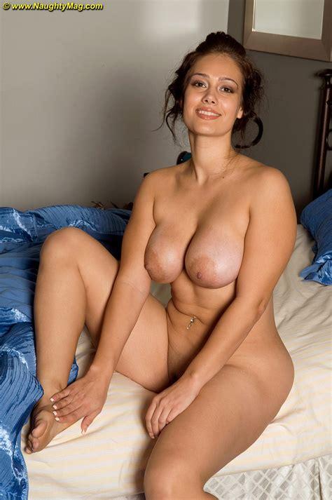 amateur Hot latina Solo Girl Yazmina Melendez Undressing To Show Big Nipples