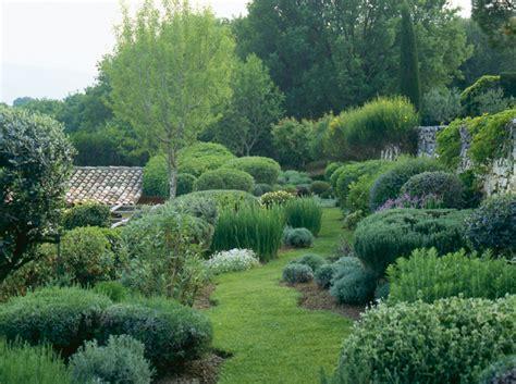 Allee De Jardin En Galet Cr 233 Er Une All 233 E Dans Jardin All 233 E En Mousse En