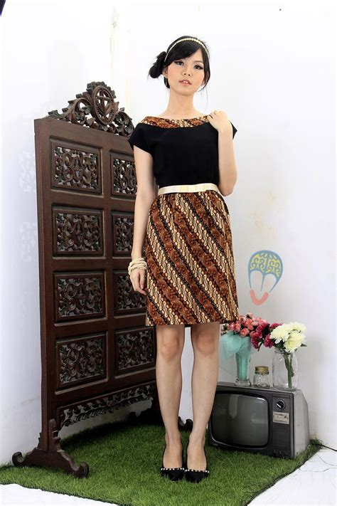 batik dress pinangan ayu dress dhievine redefine