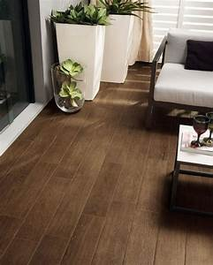 25 best ideas about carrelage effet parquet on pinterest With carrelage chambre imitation parquet