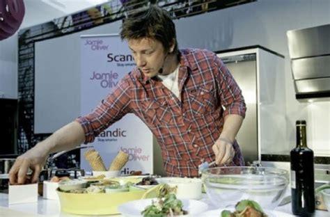 cuisine tv oliver foodista oliver 39 s healthy snack line revealed