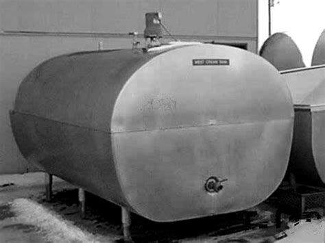 dairy bulk milk tanks  farm tanks  sale