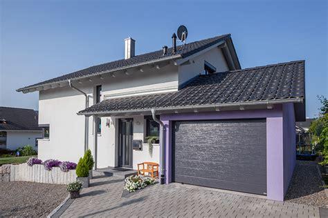 Häuser Mit Satteldach Und Garage by Kundenreferenz Haus Ostermann Hausgalerie Detailansicht