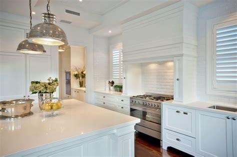 Small Kitchen Colour Ideas - htons kitchens