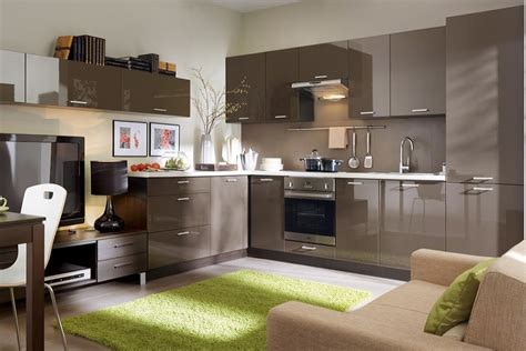 fitted kitchen set top  high gloss family