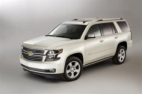 chevrolet tahoe chevy review ratings specs