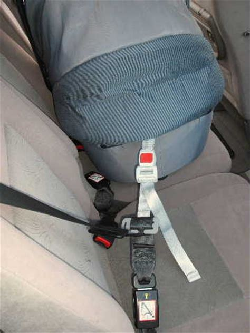 attacher un siege auto bebe fixation nacelle pour bébé divers équipement forum