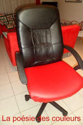 cuir pour recouvrir chaises la poésie des couleurs relooking de mon fauteuil de bureau