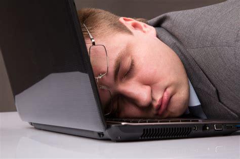 Сколько электроэнергии потребляет компьютер в спящем режиме?