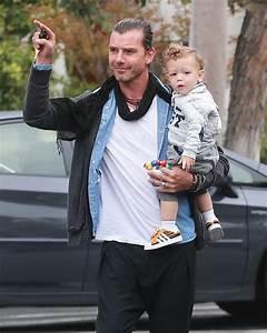 Apollo Rossdale Photos Photos - Gwen Stefani and Family Go ...