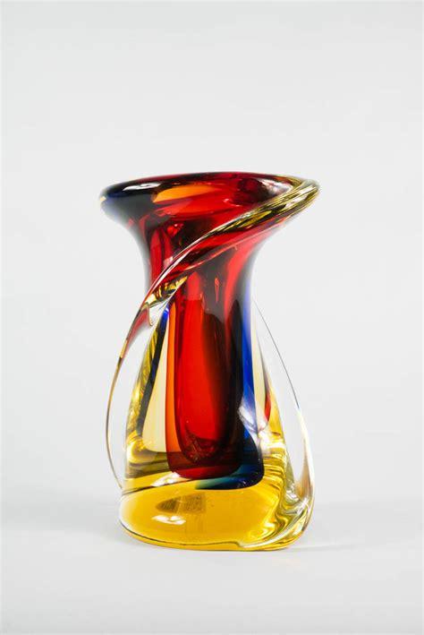 vaso rosso vaso torciglione rosso ambra cristallo franco