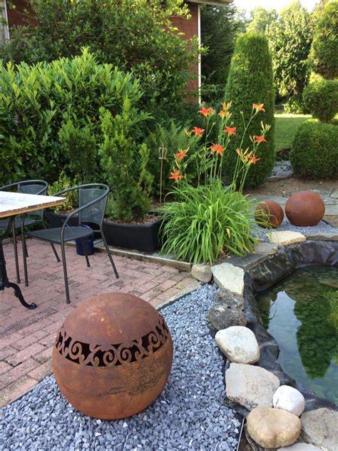 Garten Deko Kugel Rost by Dekokugeln Mit Ausgelaserten Motiven Rost Deko Bilder