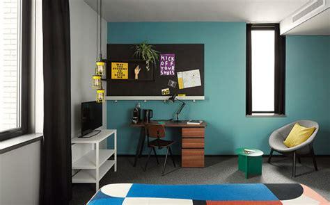 bureau coloré espace bureau colore