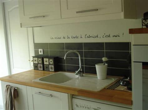 autocollant carrelage cuisine autocollant pour carrelage cuisine maison design bahbe com