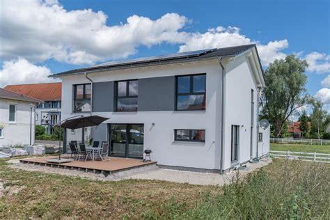 Die Besten Einfamilienhäuser by Einfamilienhaus Hauptvogel Sch 252 Tt Planungsgruppe